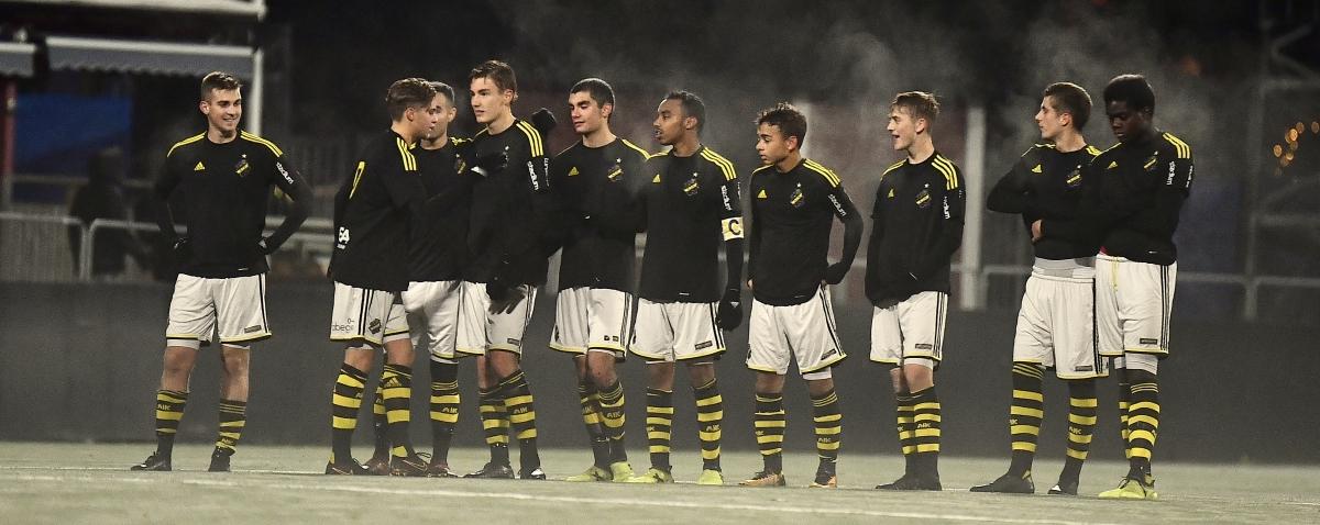 Ett ungt AIK kryssade i Ligacupen